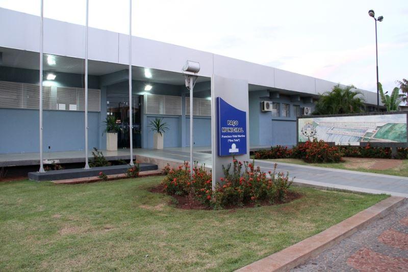 "Foto: Paço Municipal ""Francisco Vidal Martins"""