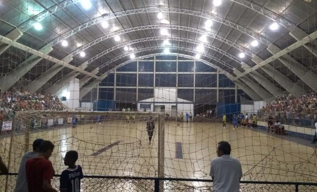 7e605aa915e6a O Campeonato Municipal de Futsal de Férias 2019 teve sua fase de mata-mata  aberta na noite de hoje